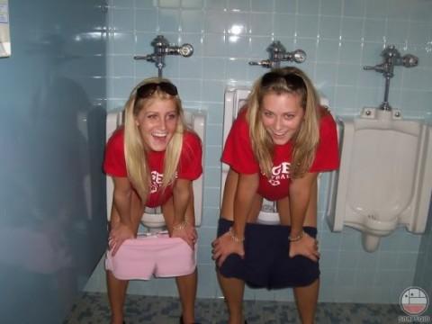 Туалет порно писинг