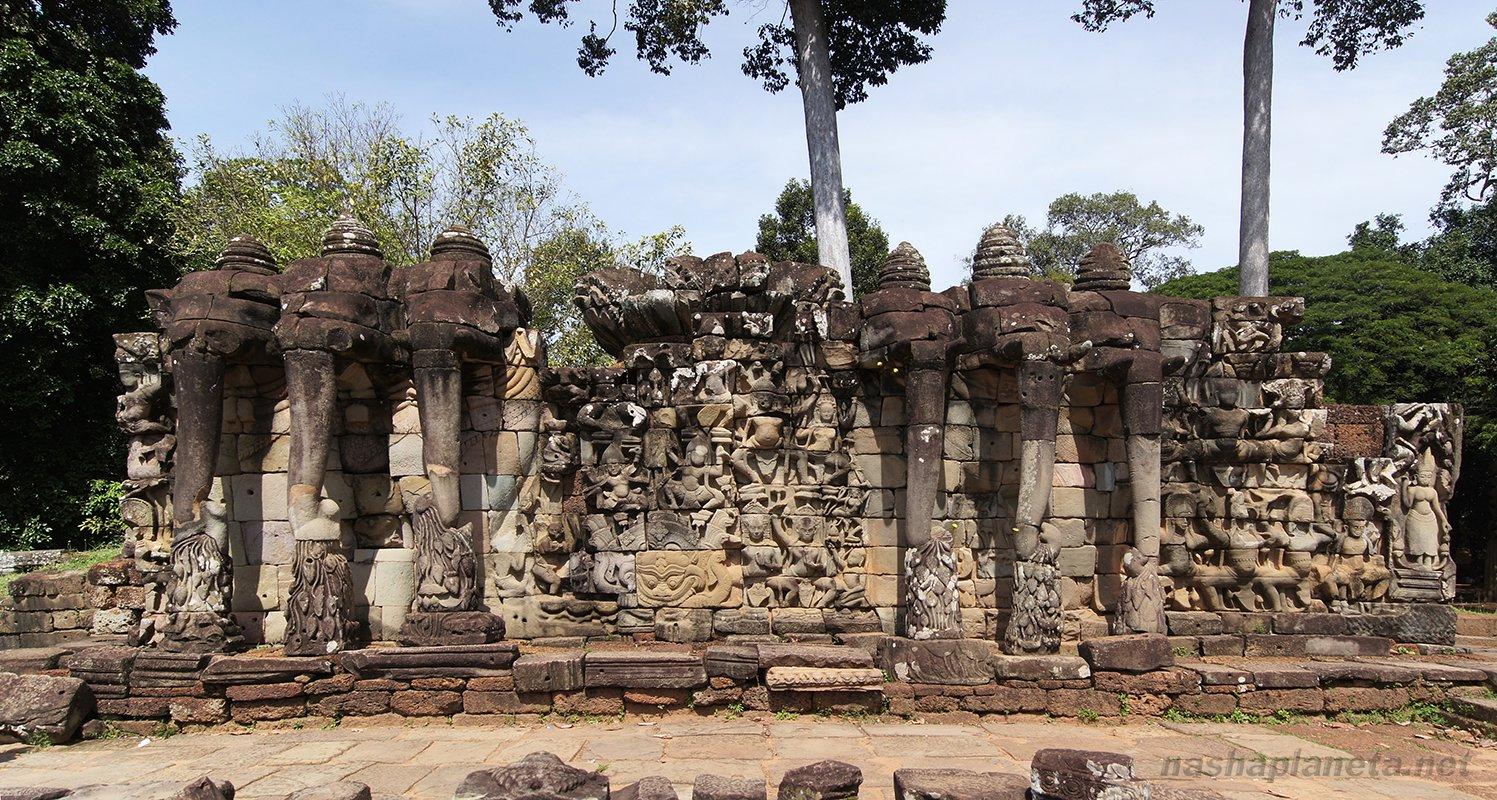 Angkor Thom Terraza De Los Elefantes Terace Of The Elephants