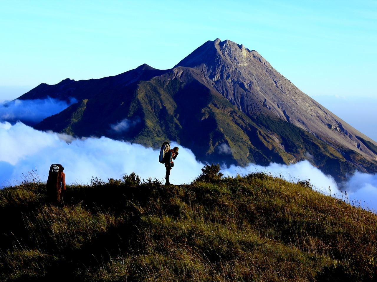 Вулкан мерапи, фото с сайта https://nashaplaneta.net/