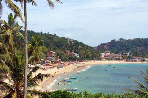 Вид на пляж Унаватуны
