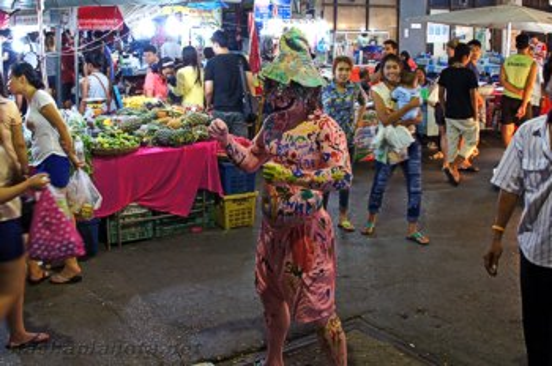 Ночной рынок в Краби