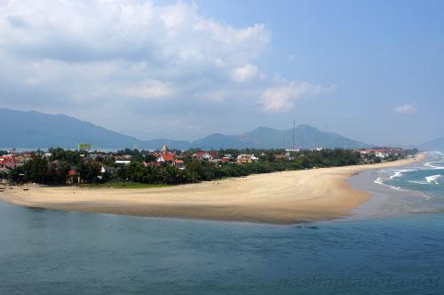 Вид на Ланг Ко