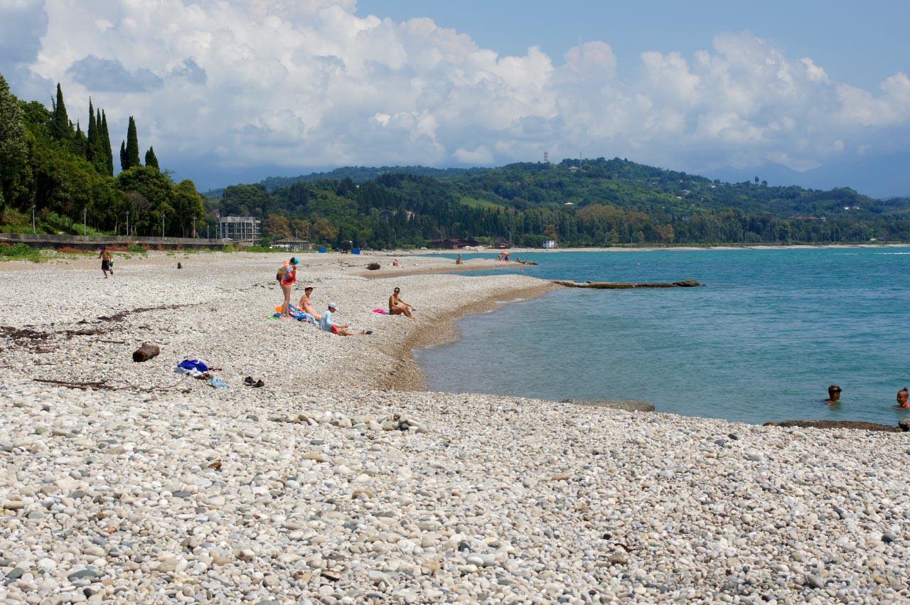Море и пляжи гудауты фото