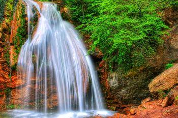 Водопад Джур-Джур, фото с http://kuluarpohod.com/