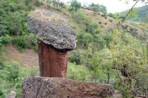Каменные грибы, Крым