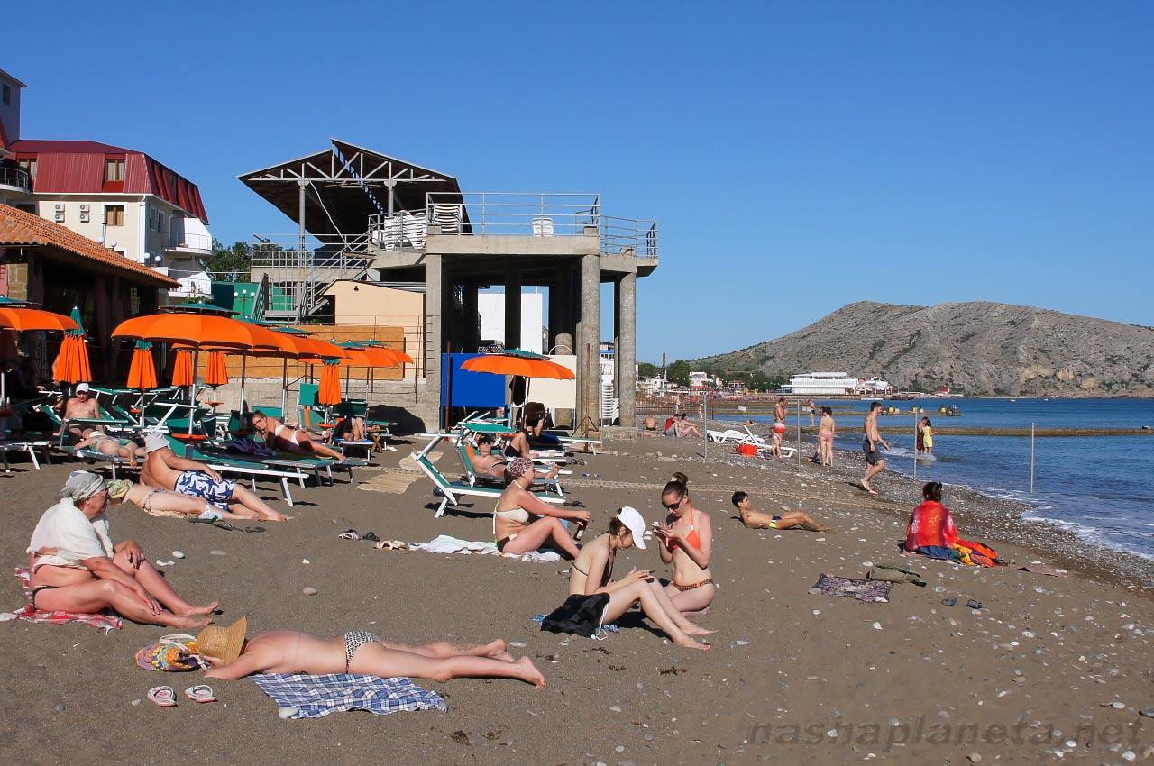 Фото городского пляжа в судаке